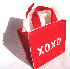 Small (re)GIFT BAG - XOXO 2