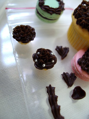 1 12 cupcakes