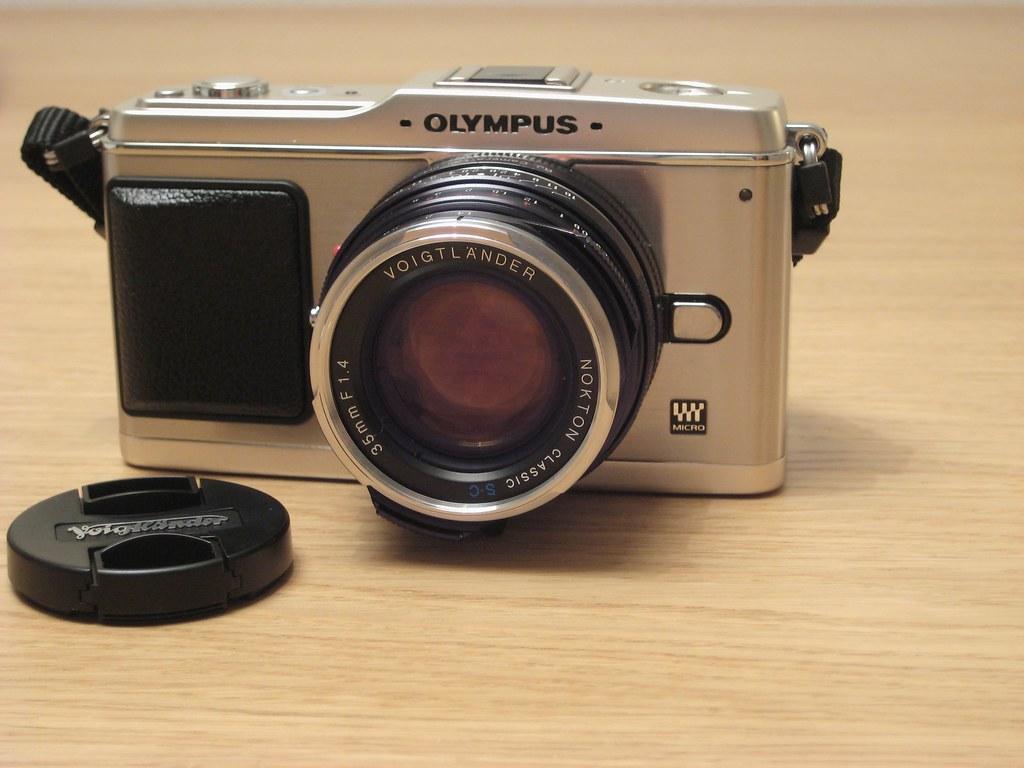 Olympus E-P1 with Voigtlander Nokton SC 35mm 1.4