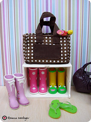 sapatos & acessrios (* Rezinha *) Tags: bag boot shoe store shoes boots collection rement bolsa wellies loja sapato sapatos bota rainboots coleo frogboots galochas shoesbags