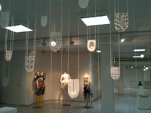 Lumi tekstilli (Snow textile) installation - by Anna-Leena Pyylampi