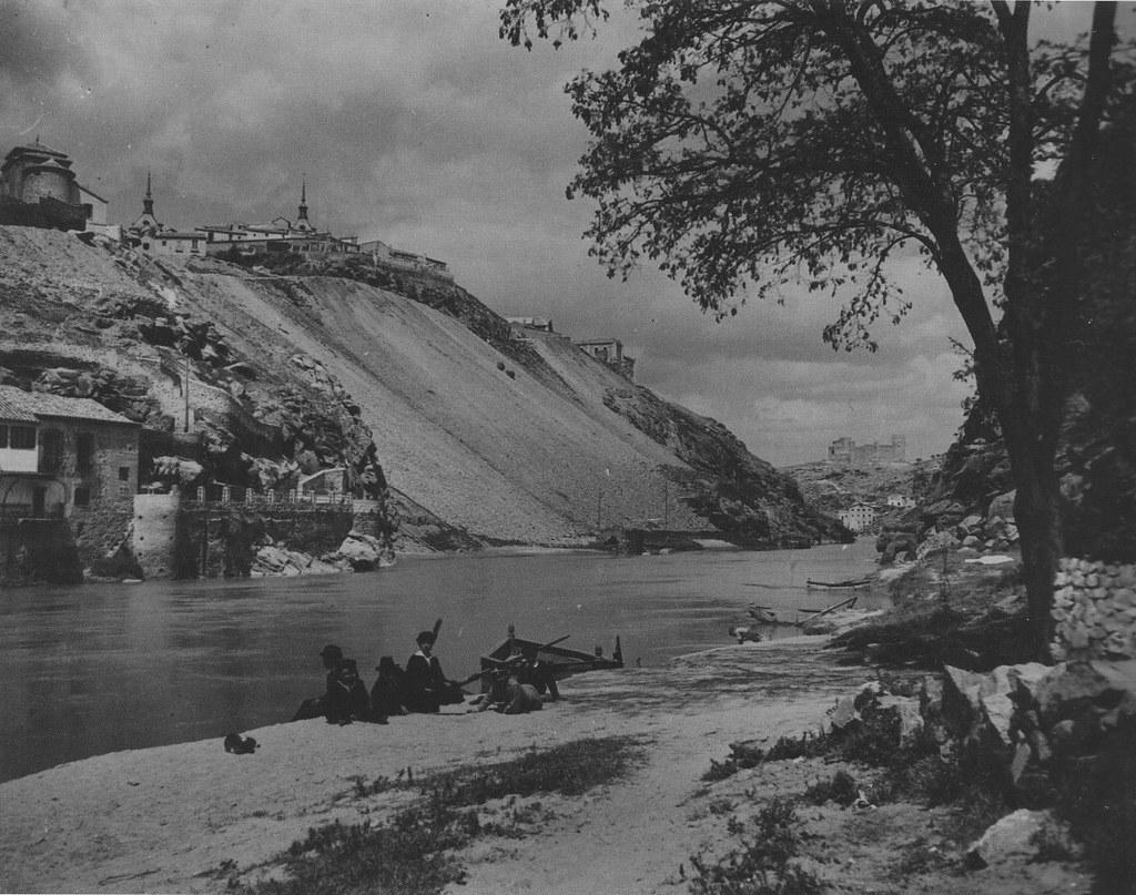 Casa del Diamantista a inicios del siglo XX. Foto de Kurt Hielscher. The Hispanic Society of America