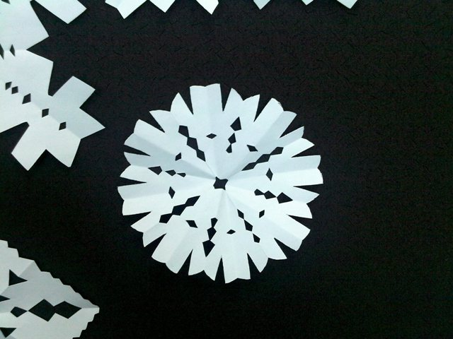 Paper Snowflakes (3)
