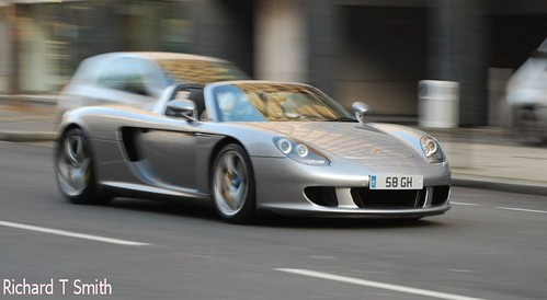 Carrera GT, driving past the back of The Lanesborough Hotel in London.
