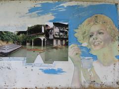 Lago Maggiore (Franca Francesca) Tags: wasser fotos frau werbung lachen eis reklame lcheln verblichen tafel fnfzigerjahre 50er eisbecher eisessen berschwemmung 50erjahre reklametafel altewerbung