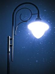 Street winter lamp / Uliczna lampa zim:) (raphic :)) Tags: street city blue winter light snow lamp night twilight poland polska lampa zima niebieski soe noc nieg miasto lublin wiato ulica zmierzch raphic abigfave mygearandmepremium