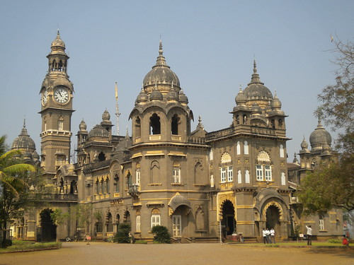 Kolhapur New Palace Lake