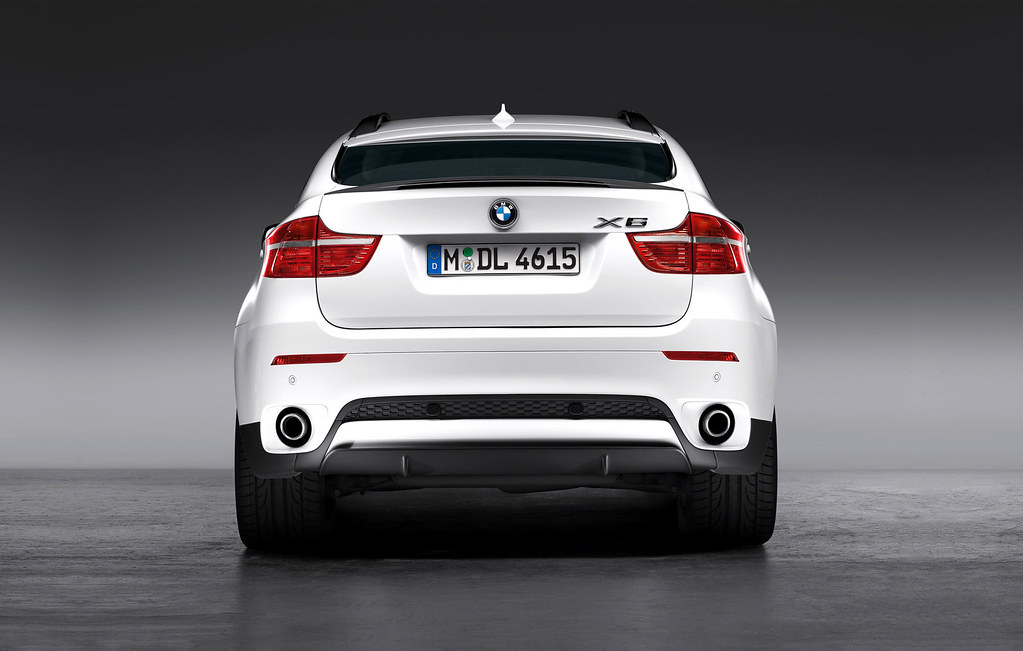 BMW Performance To Release X6 Accessories