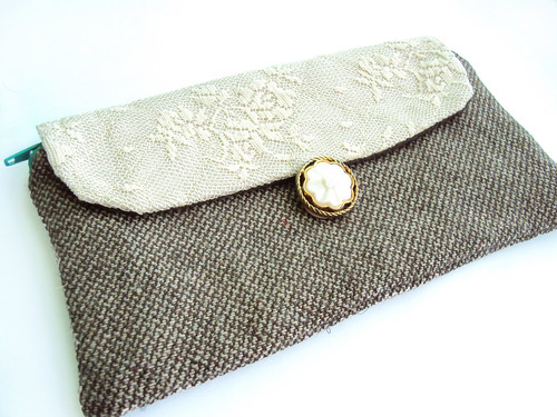big wallet. cream lace and tweed.
