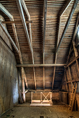 The Club Room Vault (claustral) Tags: wood roof light loft stairs wooden nikon sweden decay farm d200 beams hdr 1000 theclubroom atx124