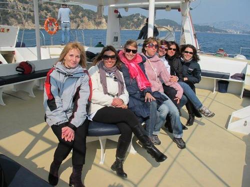 Junto a otras madres siguiendo la regata desde el Sensation