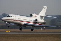 N5MV - 221 - Private - Dassault Falcon 900EX - Luton - 100317 - Steven Gray - IMG_8707