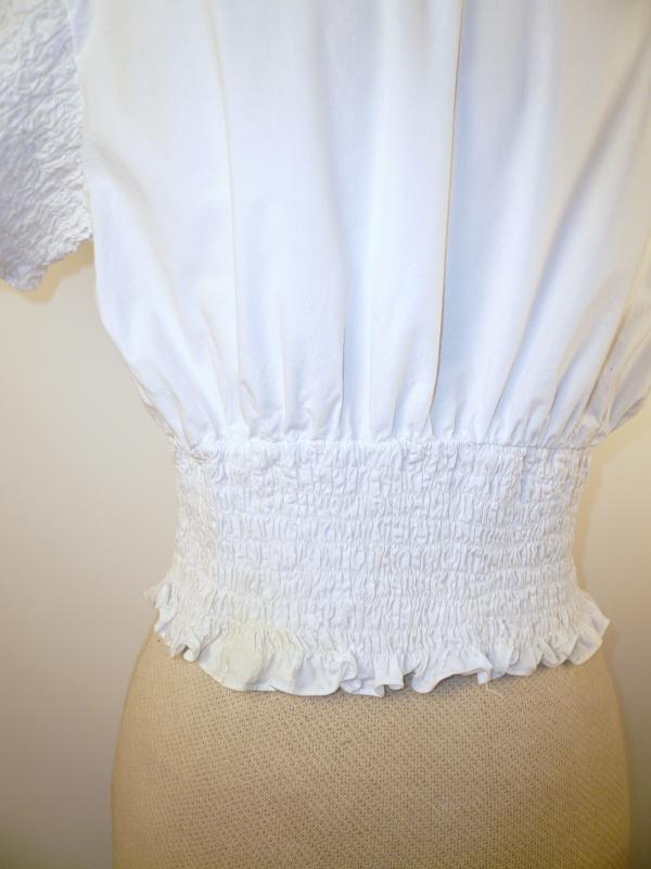 Cute Cropped Cotton Blouse with Ruched sleeves and waist