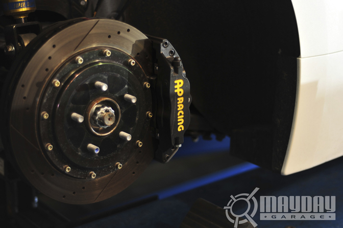 The AP racing brakes are straight gangster!