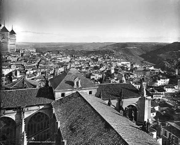 Cimborrio de la Catedral de Toledo hacia 1880. Fotografía de Levy