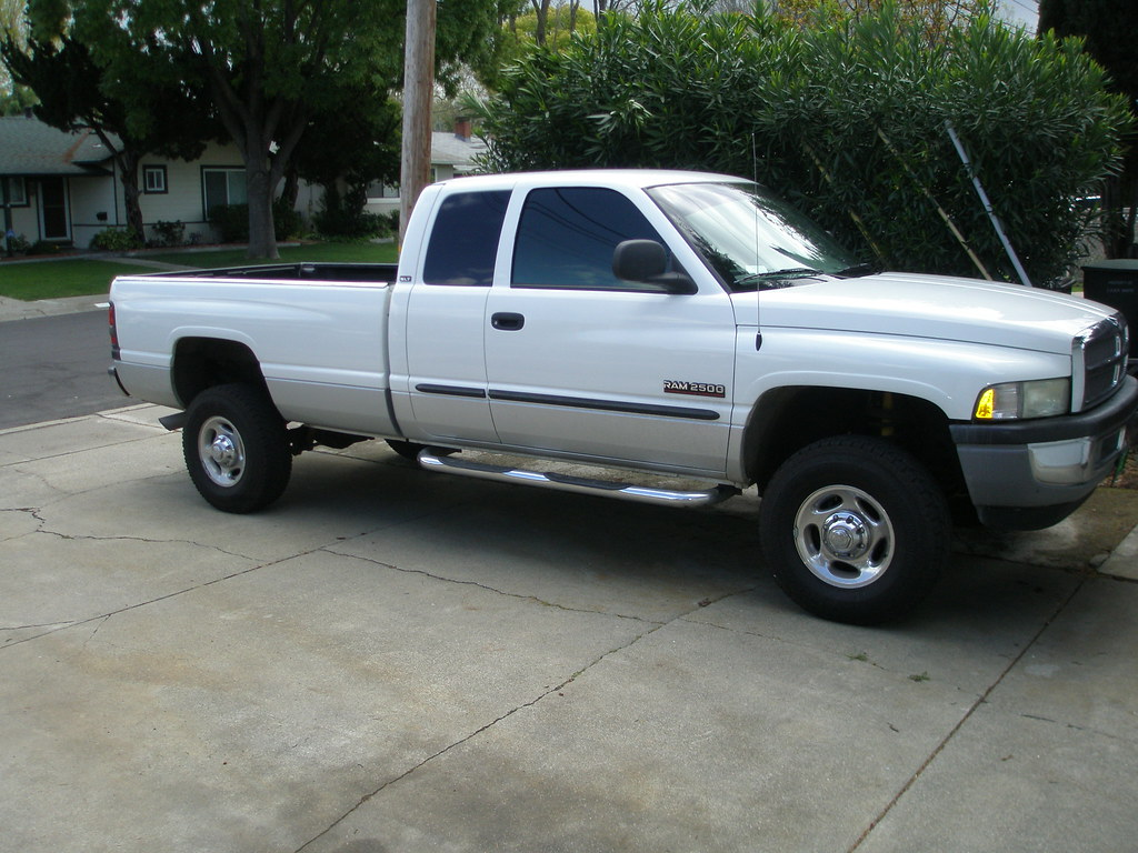 ALL 2nd gen truck pictures.... - Page 24 - Dodge Cummins ...