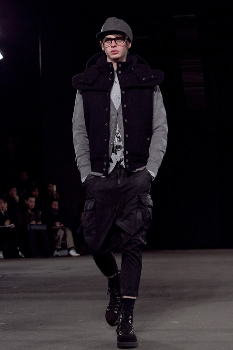 Nick R 3003_FW10_JFW_PHENOMENON