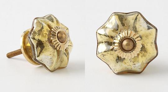 brass+gold+flower+shaped+dresser+knobs