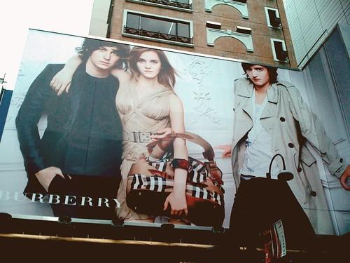 Emma, Alex Watson x Burberry 尖沙咀
