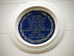 Photo of William De Morgan and Evelyn De Morgan blue plaque