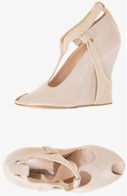 stella mccartney beige wedge