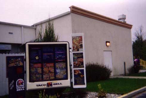 Former Taco Bell drive-thru, East Tawas, MI
