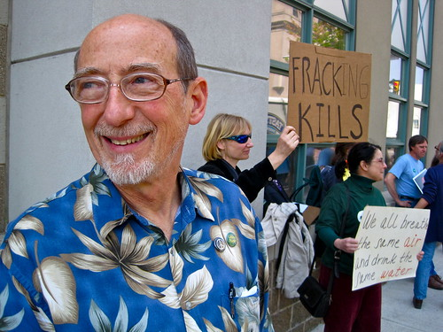 PA Green Party candidtate for U.S. Senate protests Marcellus shale drilling