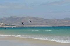 IMG_2889 (miss_verstaendnis) Tags: ocean sea sun kite beach water strand meer wasser sommer fuerteventura kitesurfing atlantic canaries sonne atlanticocean canaryisland fuerte kitesurfen sotavento wassersport sotaventobeach