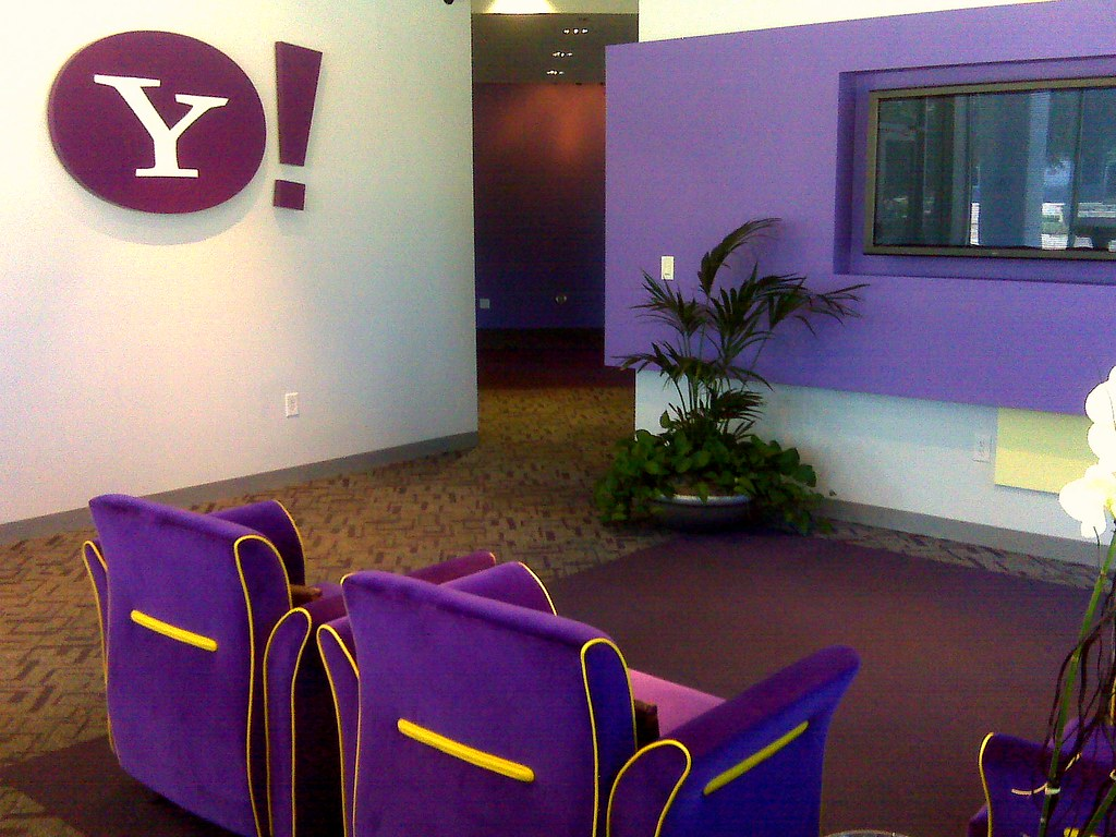 Google vs Yahoo Offices Design Battle @ ShockBlast
