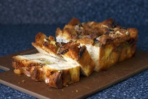 leek bread pudding
