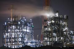 [フリー画像] 建築・建造物, 工場・産業機械, 夜景, 日本, 201005071100