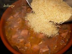 Chipirones con arroz-añadir arroz