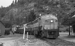 CPR #4105 resting at Castlegar, BC (R R Horne) Tags: bc cp fm cpr railroads castlegar fairbanksmorse fav10 cliner