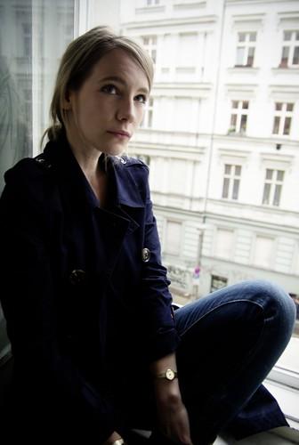 Carolin Weinkopf, Klara Manzel