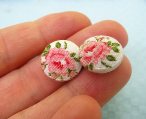 fabric button earrings barefoot roses
