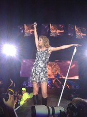 Taylor Swift (LA's_Finest) Tags: urban music rouge photos country keith super lsu taylor swift fest baton iphone