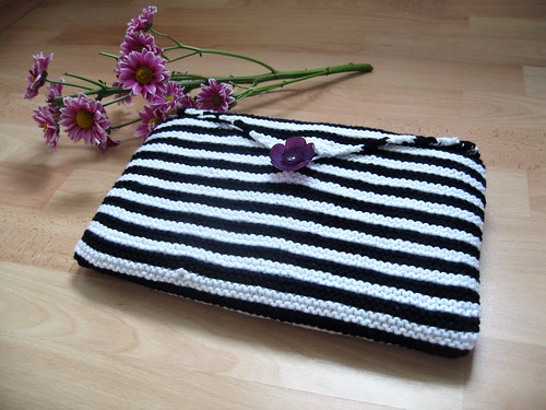 knitted netbook cover