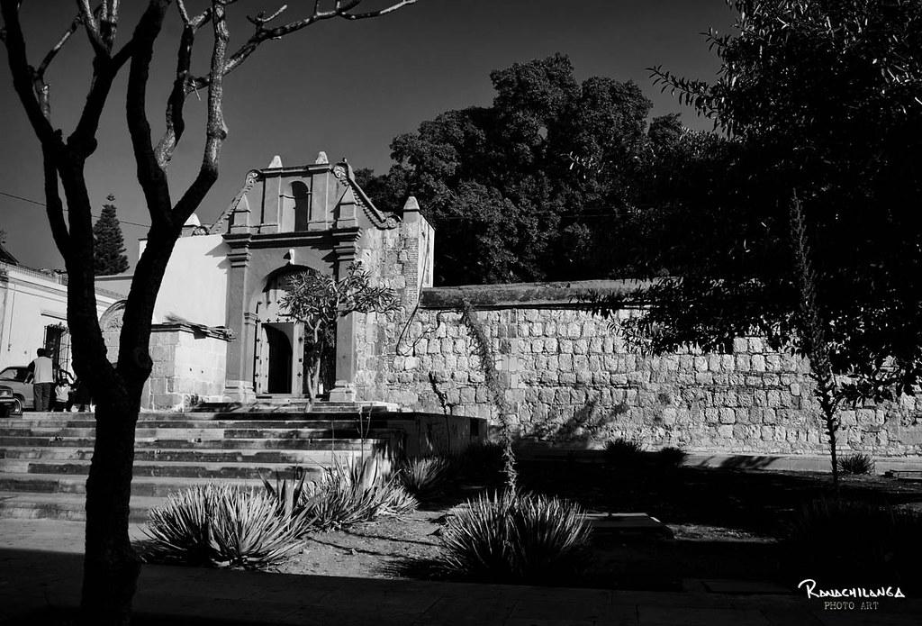 Plazuela de El Carmen Alto.    (Oaxaca, Oax,)