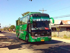 You Are Fourth! (leszee) Tags: bus you 4 hd trans fourth ud bantay ilocossur nationalroad kinglong farinas emelita are nissandiesel farinastrans kinglongxmq6129y xmq6129y longwei bulagcentro xmq6120r youarefourth