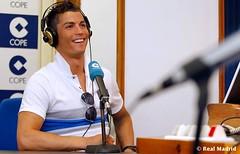 "Cristiano Ronaldo no programa de radio ""El Tirachinas"" (27-05-10) (Flogvip.net/Portal_cr7) Tags: cristianoronaldo realmadrid cr9"