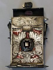Girdlebox (Card Case) 28 (the justified sinner) Tags: silver skeleton skull belt iron acrylic steel jewelry jewellery chain engraving amethyst toothbrush ruby quartz opal magnet businesscard gryphon engraved tourmaline greenman garnet enamel haematite solinvictus smallwork boulderopal justifiedsinner girdlebox