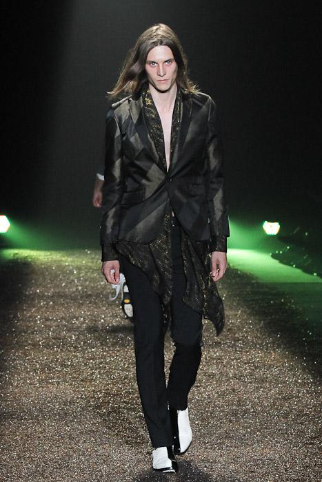 Tomek Szczukiecki3223_SS11_Tokyo_@IZREEL(Fashionsnap)