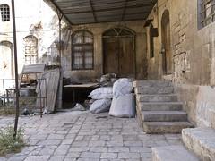 Aleppo # 38 #   (schreibtnix on' n off) Tags: travelling reisen citadel syria aleppo  syrien zitadelle neareast naherosten unescoweltkulturerbe historischealtstadt unescoworlheritage historiccitycenter olympuse3