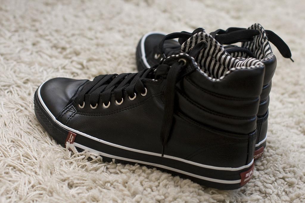 Trampki / Sneakers