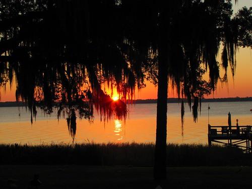 Lake-Griffin-sunrise