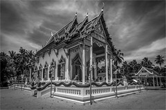 Taling Ngam - Koh Samui (alphachim) Tags: temple sw bnw thailand kohsamui canon7d architektur outdoor buddhism canon1018