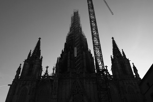 Barcelona Cathedral, getting facelift.