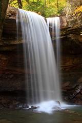 [フリー画像] [自然風景] [滝の風景] [Cucumber Falls] [アメリカ風景]       [フリー素材]