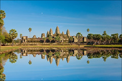 Khmer Wonder (Souvik_Prometure) Tags: sunset sunrise cambodia khmer angkorwat unesco siemreap angkor phnombakheng unescoworldheritage taphrom preahkhan banteaysrey banteaysrei banteaykdei sigma1020mm bayontemple platinumphoto nikond90 flickrdiamond theunforgettablepictures souvikbhattacharya