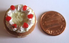12th Scale Miniature Strawberry Cake (Little Time Wasters) Tags: food cake miniature strawberry cream polymerclay fimo 12thscale oneinchscale